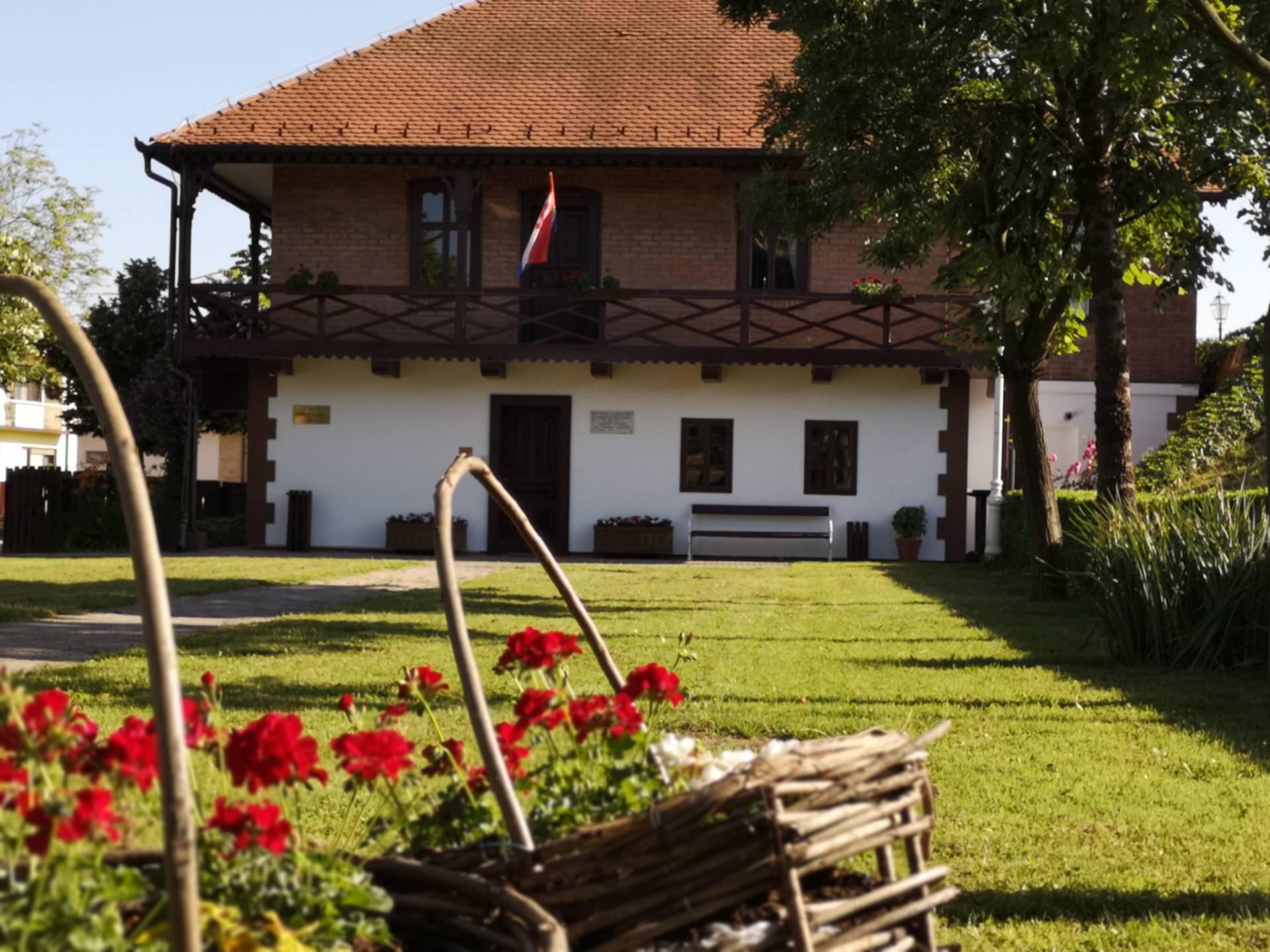 Zgarda Muzeja u Županji Čardak