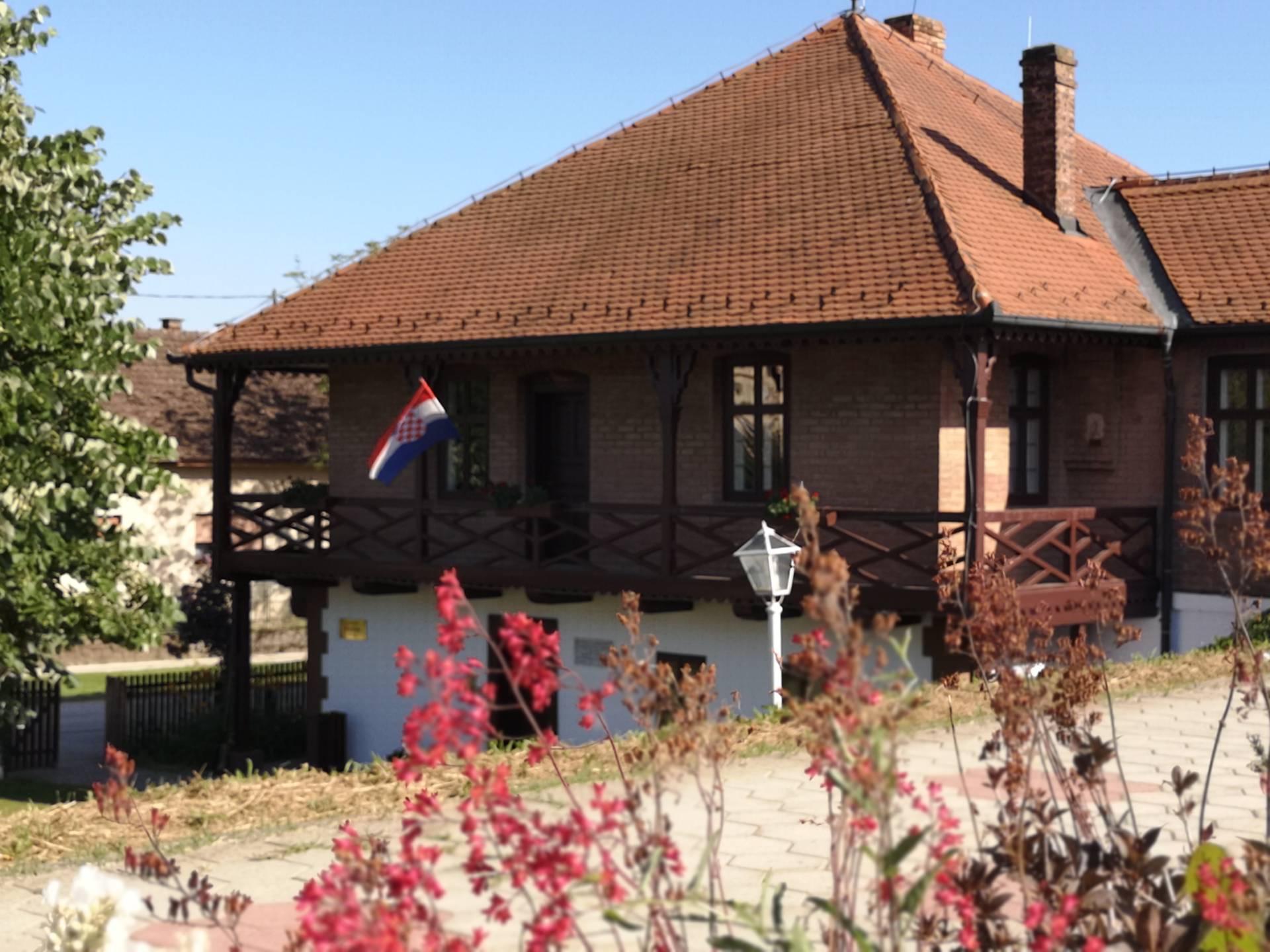 Zgrada Muzeja u Županji Čardak